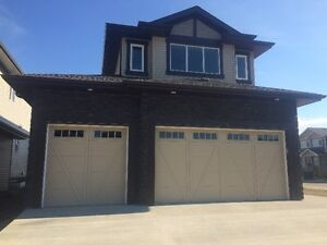 Spruce Grove House for sale, immaculate, less than a year old