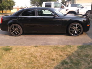 Car Chrysler 300C