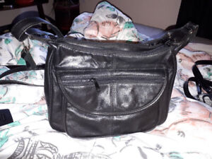 Black leather purse   coach purse and small shoulder bag