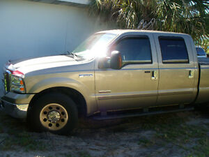 2005 Ford F-250 XLT Pickup Truck 114,300MLs