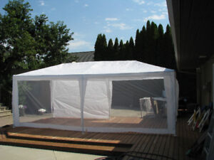 10'x 20' Party Tent