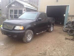 2001 f150 4+4 off road addition 2600$ ass is  London Ontario image 7