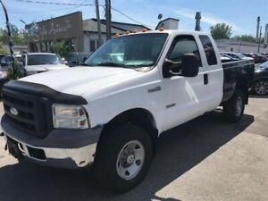 Ford F350 4dr Sdn 2005