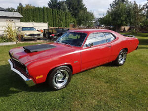 1974 Plymouth Duster Coupe (2 Door, Red)