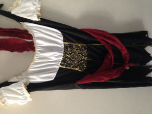 Woman Pirate Halloween costume- size M