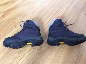 Berghaus Ladies Goretex Walking/Hiking Boots - Size UK 3