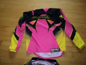 Girls Riding Outfit , Pants , Jersey and Gloves