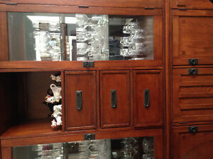 Hutch/Buffet with dining table 6 chairs