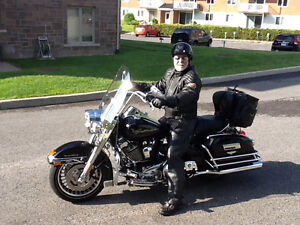 Harley Davidson road kingFLHR