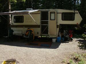 18.5 ft fifth wheel trailer