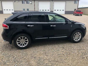 """2014 Lincoln MKX AWD Loaded   """"Price Reduced"""""""
