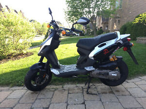 Scooter PGO PMX Naked