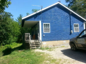 Year Round Cottage with Fox Point Lake Frontage!!