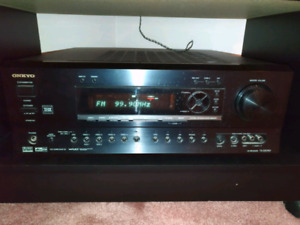 Onkyo TX-DS797 Home Theatre Receiver, mint condition