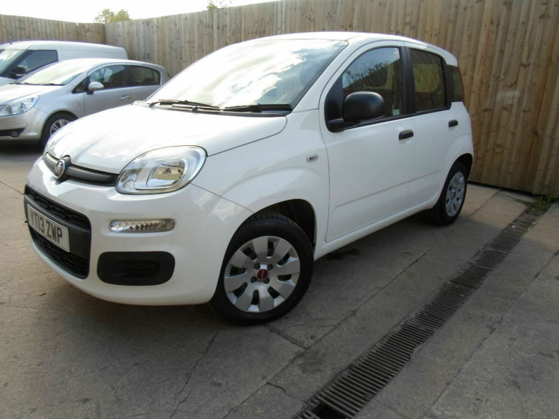 fiat panda pop 1 2 petrol hatchback 5 door 2013 only 6 784 miles finance vgc in hinckley. Black Bedroom Furniture Sets. Home Design Ideas