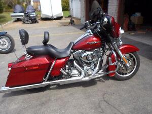 2009 Harley Davidson Street Glide FLHX Sunglow Red