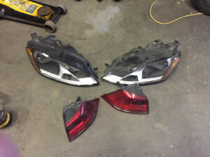 2016 VW GOLF TSI Headlights and tail lamps