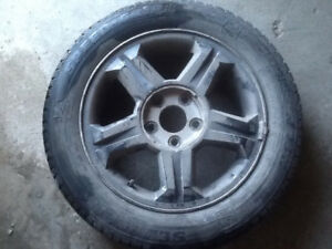 "4 16"" P205/55/R16 Sempirit winter tires good tread on rims."