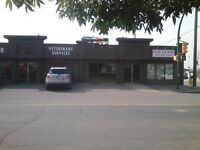 Prime office or retail on Circle Dr.
