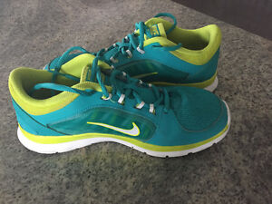 Mint condition! NIKE TRAINING
