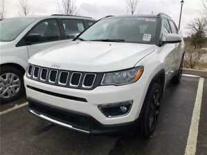 2017 Jeep Compass Limited, Pano Roof, Navi, 18,500 KMS