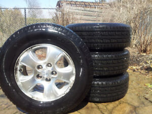 All Season General Grabber  tires 235/70R16  set of 4  used