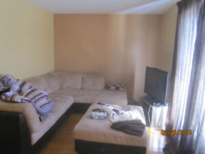 Grand 4 ½, 1465 Rue Beaumont, Longueuil