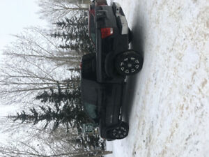 2013 NISSAN TITAN SV PERFECT CONDITION/LOW KM