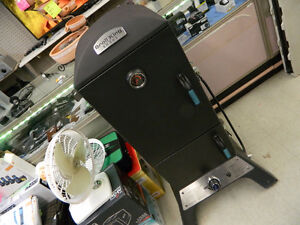Broil King Cast Smoker