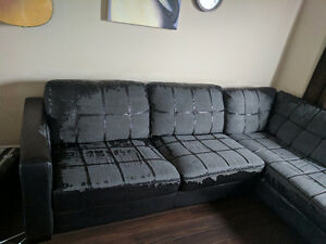 Couch for sale, 100$ or best offer .