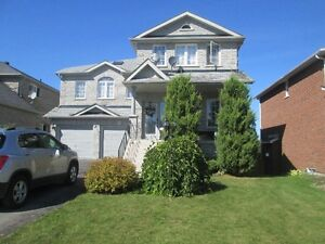 Stunning 4 BD Executive Home in South West Barrie