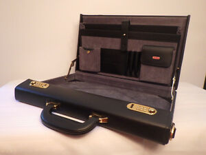 Porte ducument rigide noir