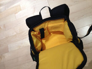 Large Napsack Style Camera Bag with Rain Cover Peterborough Peterborough Area image 2