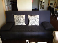 6 months old ikea futon/bed for 250$