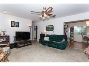 upstairs - Spacious, Bright, 4 Bedroom & 1 Living room in (apts