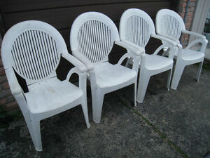 Set of 4 Patio Reclining Chairs with adjustable backrest