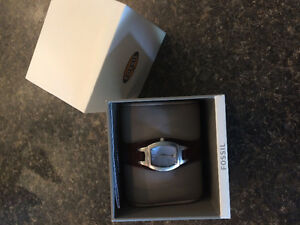 FOSSIL WATCH (WOMENS)