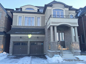 1Year-old Detached 4 Bedrooms+Den 2 Garages@Woodbine/Major MacK