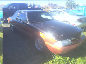 1988 Ford Mustang 5.0L  manual good deal!!