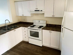 Clean house with 3 bedrooms for only $1700