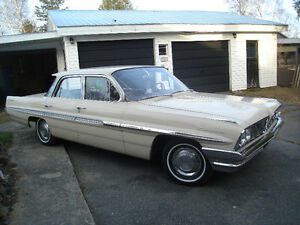 1961 Pontiac Parisienne  ...  Beautiful Classic Vehicle