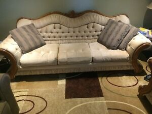 3 piece sofa set in Immaculate Condition