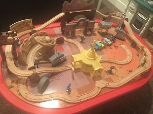 Cars characters train table