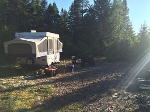 2003 8' Jayco Quest Hard top camper in good condition