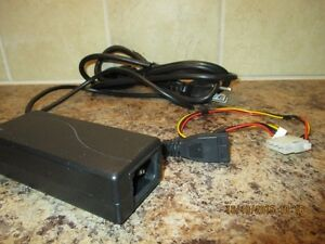 IDE Drive power supply adaptor, Output: 5Vdc/12Vdc.