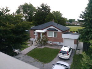 3 Bedroom Main Level House for Rent on Pharmacy Ave, Scarborough