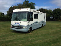 34' Class A Motorhome only 26,000 miles never seen winter!!!