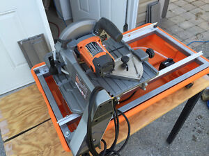 Ridgid 7-Inch Wet Tile Saw with Laser