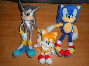 PELUCHES SONIC