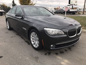 **REDUCED TO SELL**NO ACCIDENT** 2010 BMW 750IX AWD WINTER TIRES